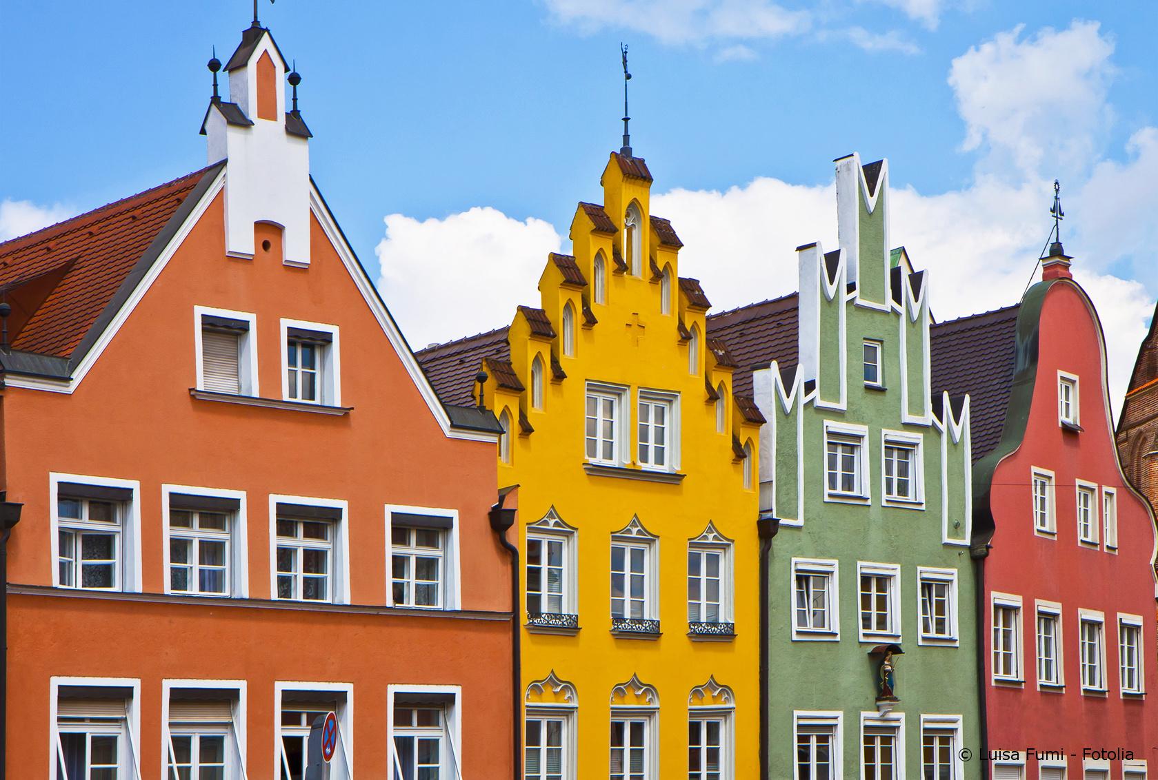 Für jedes Haus die passende Fassadenfarbe - Maler und Lackierer