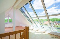 Dachfenster in Dachschräge