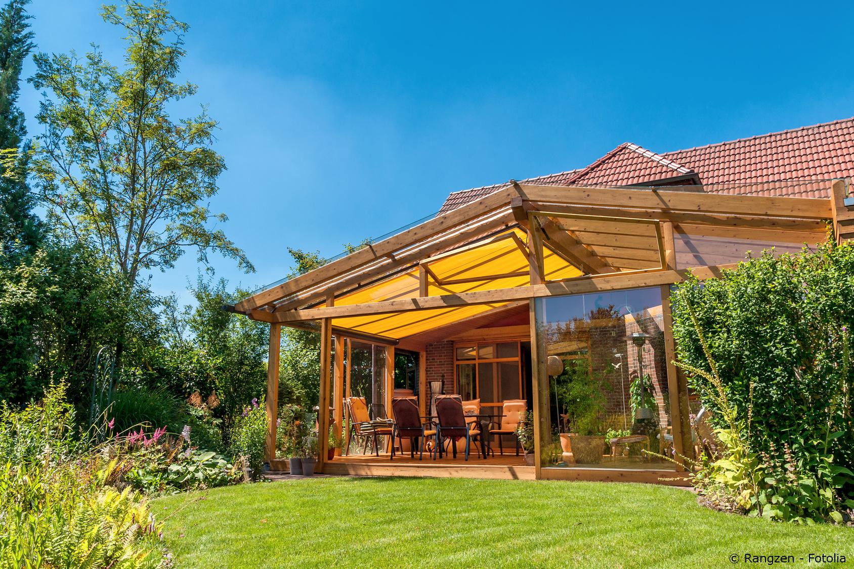 Terrassenüberdachung Sinnvoller Schutz für die Terrasse   Türen ...