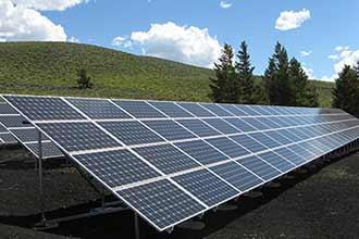 Freistehende Solaranlage