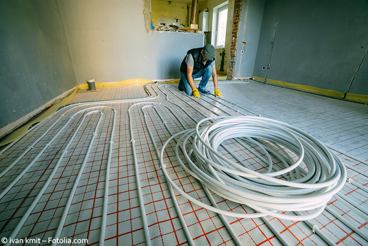 Fußbodenheizung wird verlegt