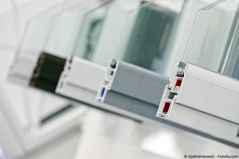 Verschiedene Profile von Kunststofffenstern