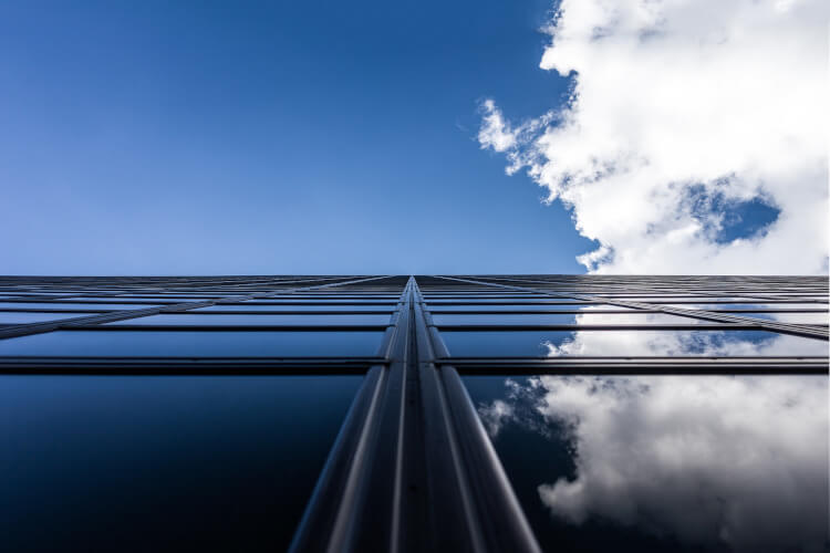 Dreifachverglasung in modernem Haus